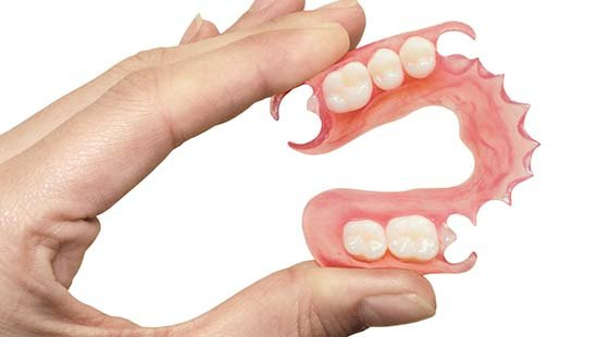 Как узнать к какой стоматологии бесплатной относится пенсионер