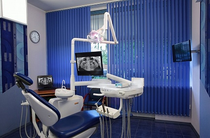 отбеливание зубов капами спб